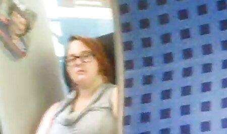 - sex film 1080p jebe mi se očuh u kupaonici