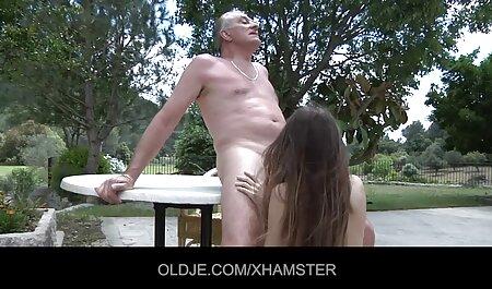 Ljupke brinete Lily i Dani igraju ful porn film se zajedno