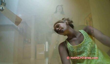 Seks free mature hd porno u kupaonici s crvenokošom