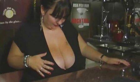 Prsata plavuša voli porno taxi hd pijetao