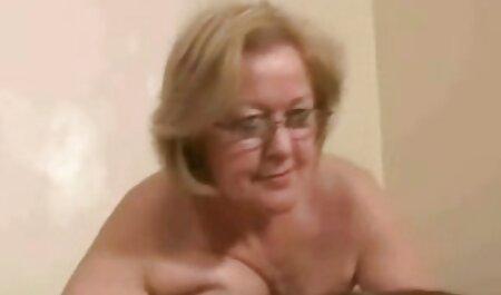 Koža - Noć vještica s Jada porno clip hd Stevens u velikom dvorištu ukletom dvorcu