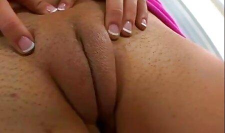 Azijci porno full hd 18 s ogromnim sisama masiraju momka