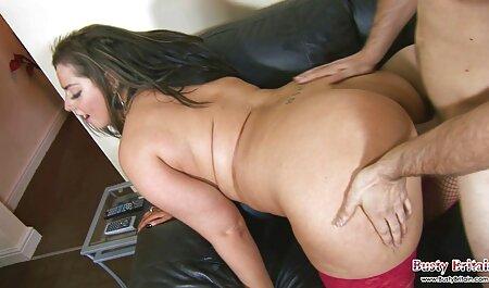 Seksi lezbijski petit hd porno božićni casting