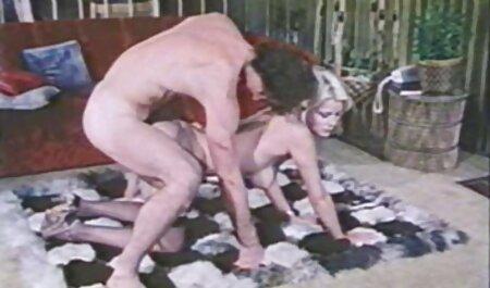 Zabrinuti Ashlyn Rae dobiva jebeni doggystyle porno hd blond